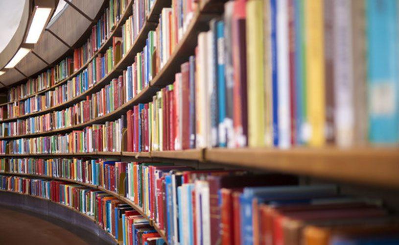 estante-de-livros-grande